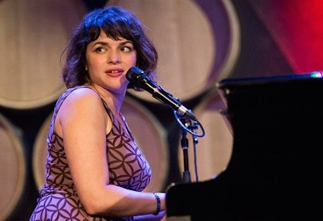 Read more about the article Norah Jones delivers soulful, sleepy performance