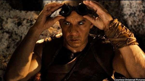 'Riddick' serves up sci-fi thrills, ridiculous fun