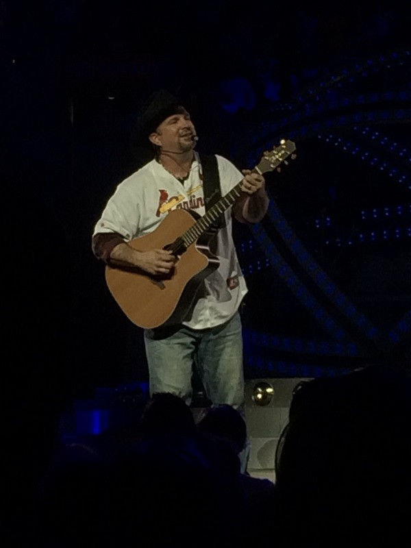 Read more about the article Much too old to feel this damn young: An evening with Garth Brooks