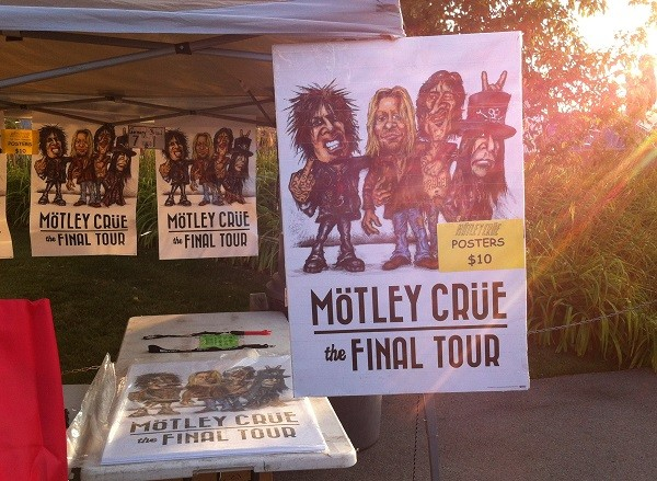 Read more about the article Speaking loudly in the general direction of the Devil: An evening with Motley Crue and Alice Cooper