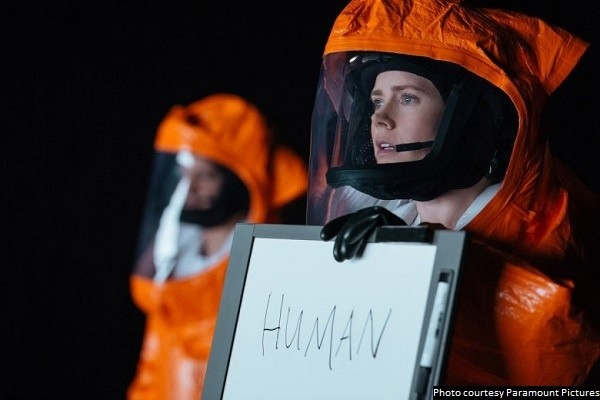 'Arrival' is high-minded sci-fi and one of the year's best movies
