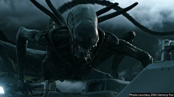 'Alien: Covenant' is an ambitious movie, but it spreads itself too thin